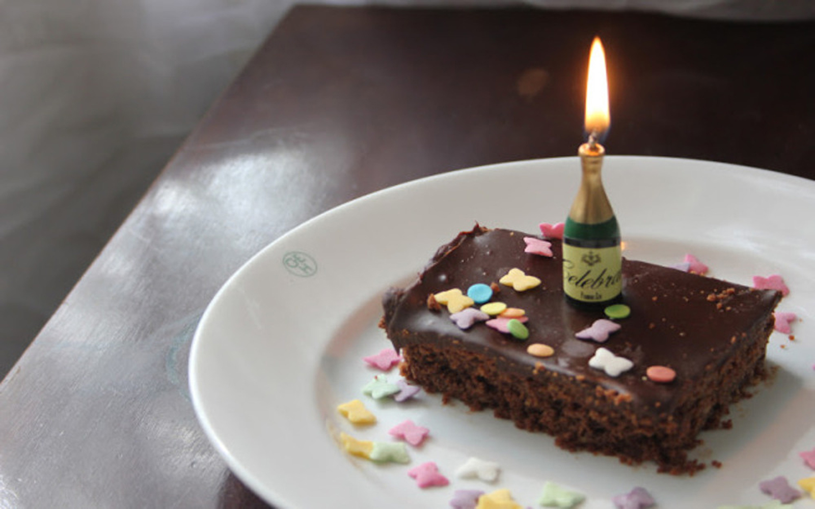 10 exquisite vegan birthday cakes one green planet - Herve cuisine cake chocolat ...