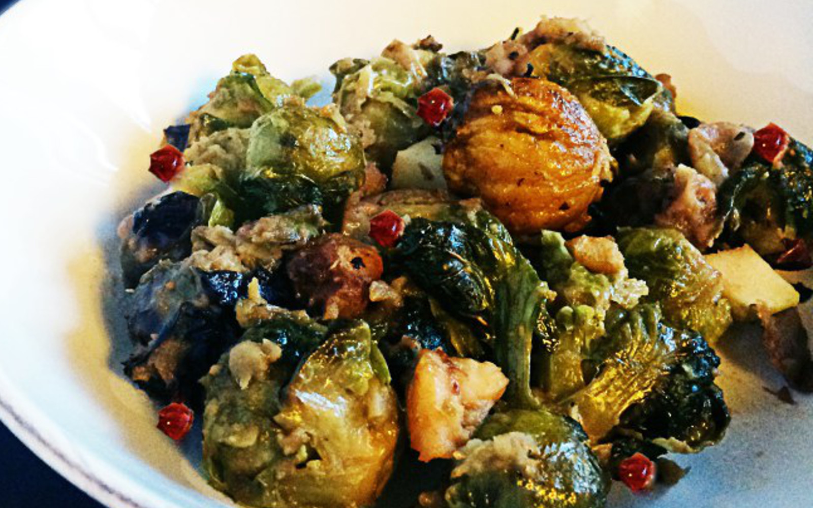 Roasted Brussels Sprouts With Apples and Chestnuts [Vegan, Gluten ...