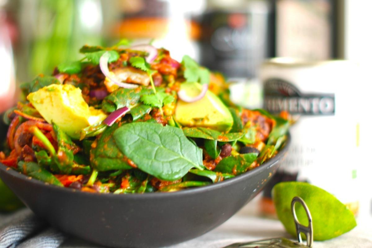 Vegan Nutritious Chili Salad