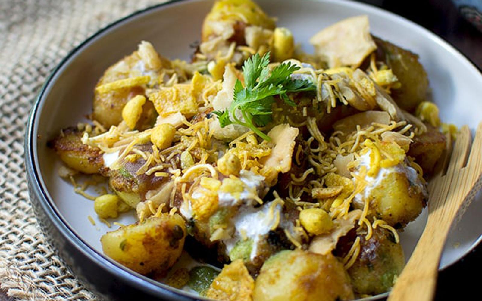Aloo Chaat: Indian Spicy Potato Snack [Vegan]   One Green ...  Aloo