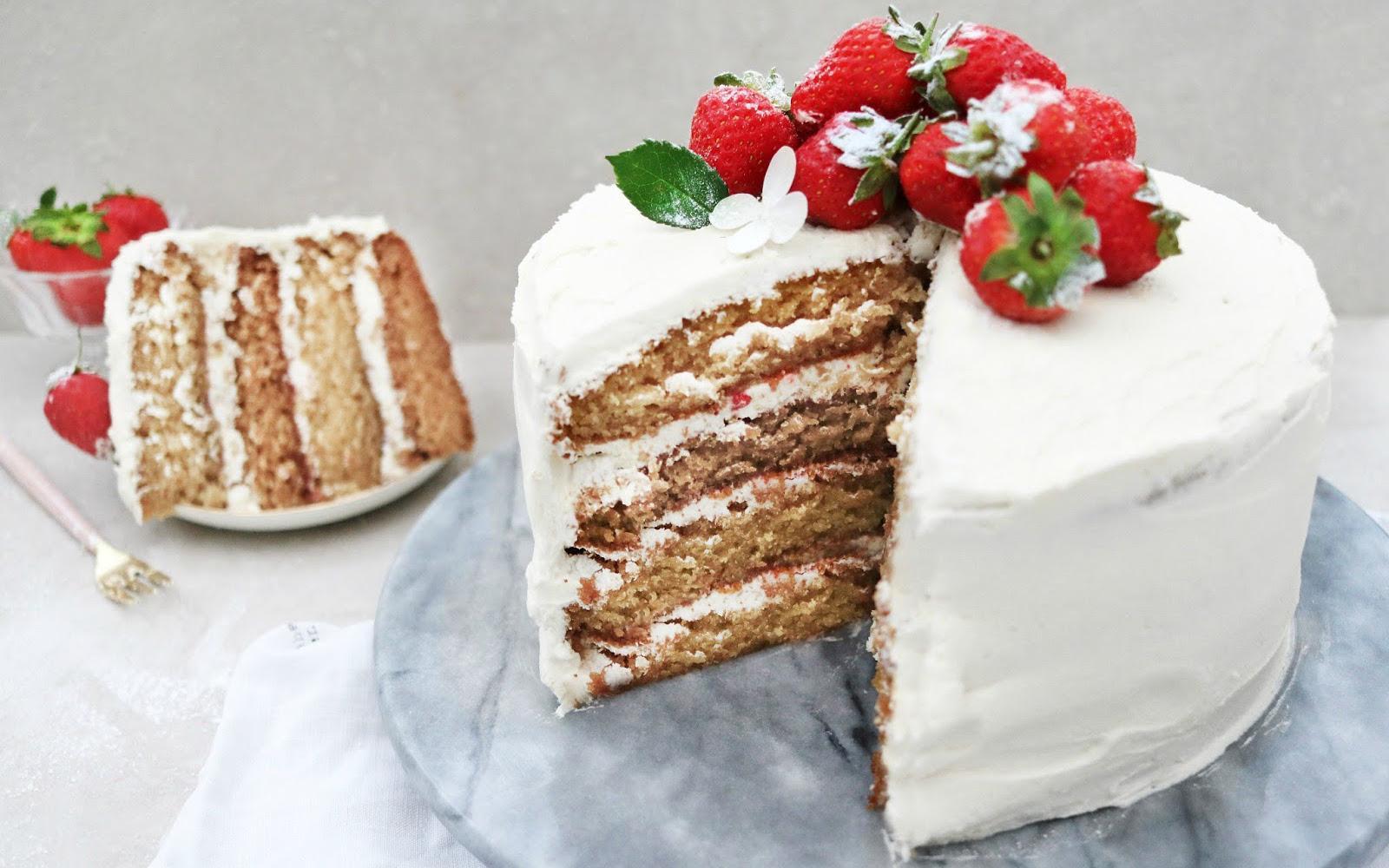 Vegan Jelly Cake Recipe: Vanilla Sponge Cake With Buttercream Frosting And