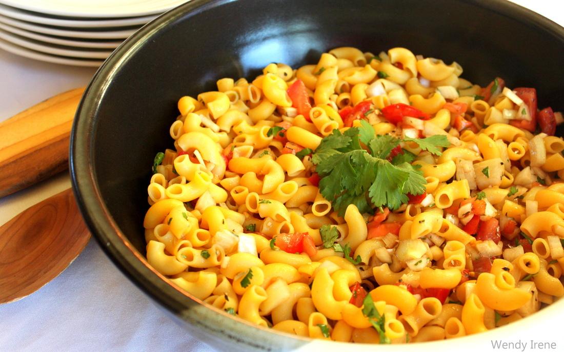 quinoa pasta saald